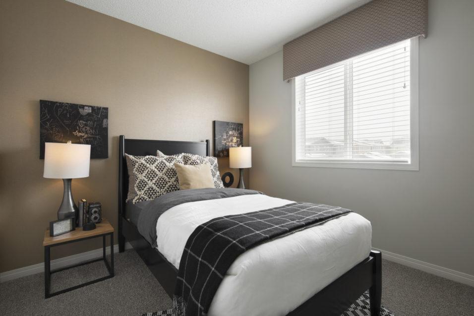 121 second bedroom