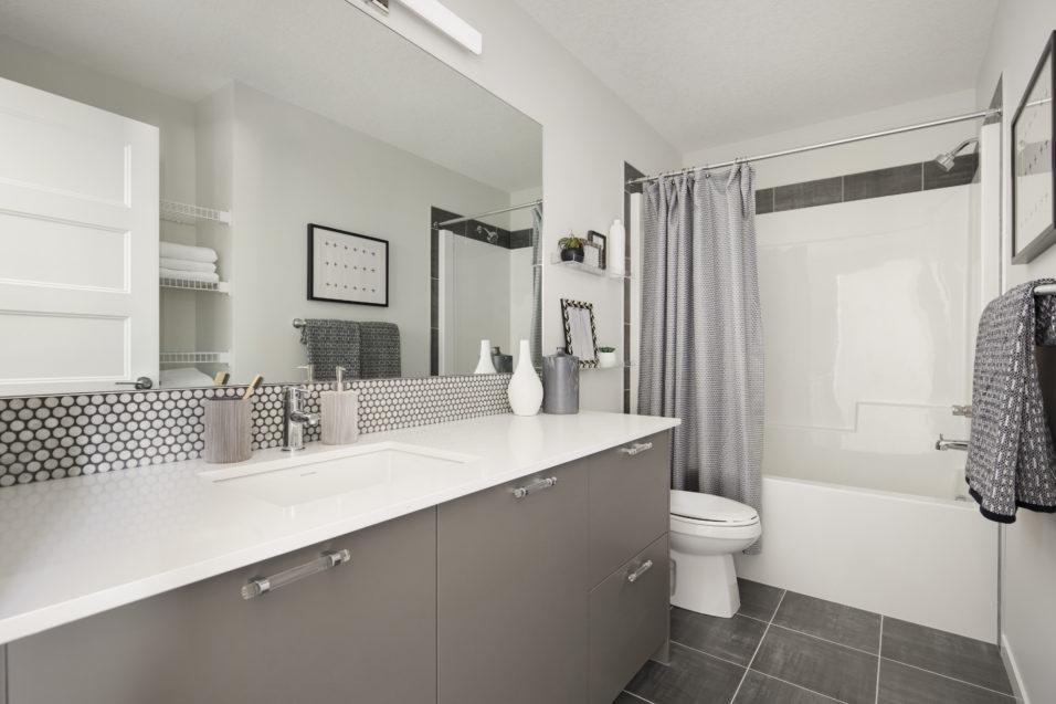 119 main bathroom