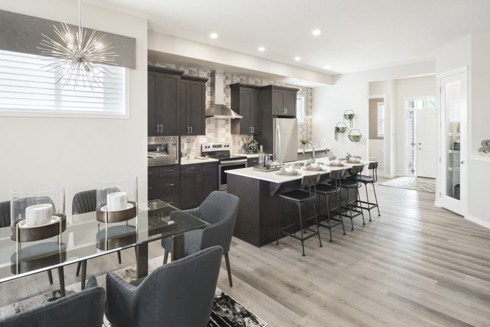 Connolly Dining Kitchenweb