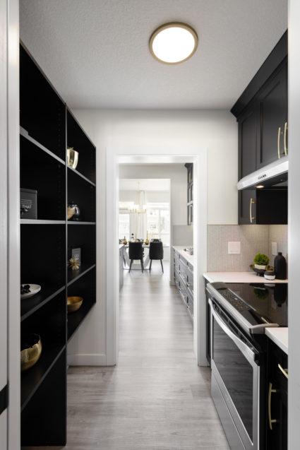 Morrison Edmonton Heathrow II 110 kitchen